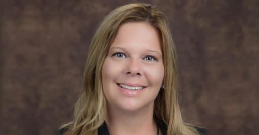 Headshot of Leslie Heagy